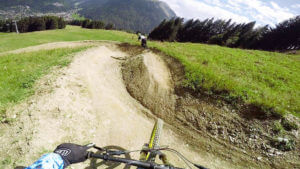 owlaps-la-roots-bike-trail-morzine-le-pleney-bike-park-photo-1-HD
