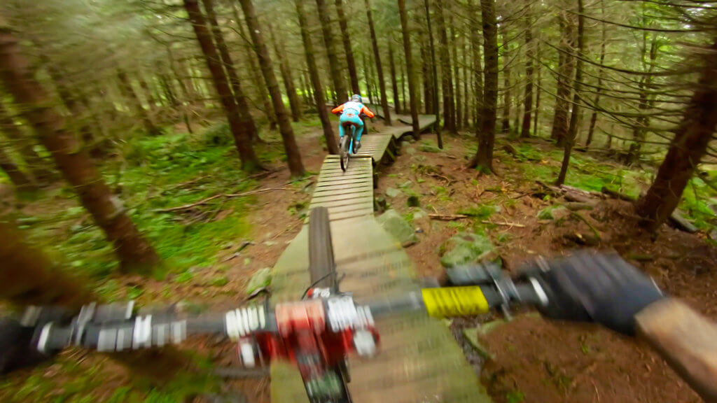 la-roots-lac-blanc-bike-park-france-photo-6-HD