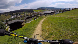 piste-des-biquettes-les-gets-bike-park-france-photo-1