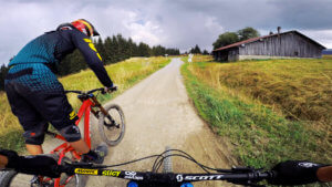 piste-des-biquettes-les-gets-bike-park-france-photo-3-HD