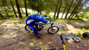pshyco-pat-les-7-laux-bike-park-france-photo-2-HD