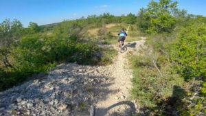 Topo VTT Mont Saint-Cyr, Descente de la Chaine - vidéo owlaps